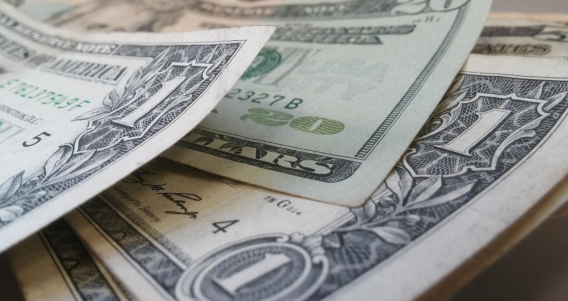 dollars-426023_1920